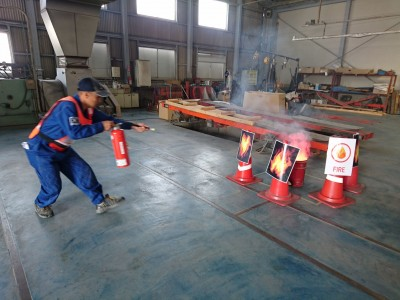 <ツネイシCバリューズ> 工場からの火災を想定した総合消防訓練を実施